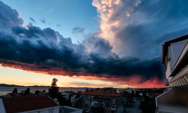 Nastavak hladnijeg vremena od prosjeka još bar tjedan dana. U subotu djelovanje ciklone na jugu Jadrana